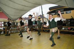 Tanz- und Plattlerbewerb