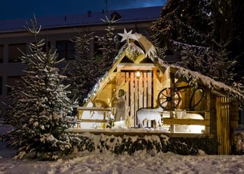 Eröffnung des Zeltweger Adventdorfes mit Adventsingen & Eröffnung der Weihnachtskrippe
